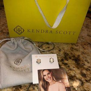 Kendra Scott Inaiyah stud earrings